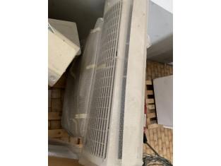 Fig 1 - Fig 2 - Climatizzatori con split, cald...