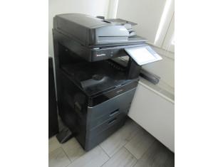 Fig 1 - Fig 1 - Una Fotocopiatrice