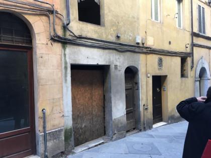 Fig 1 - Fig 2 - SIENA - Compendio immobiliare...