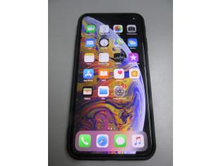 Fig 1 - Fig 1 - Telefono marca Apple modello I...