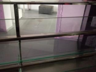 Fig 1 - Fig 2 - Banco vetrina frigorifero con...